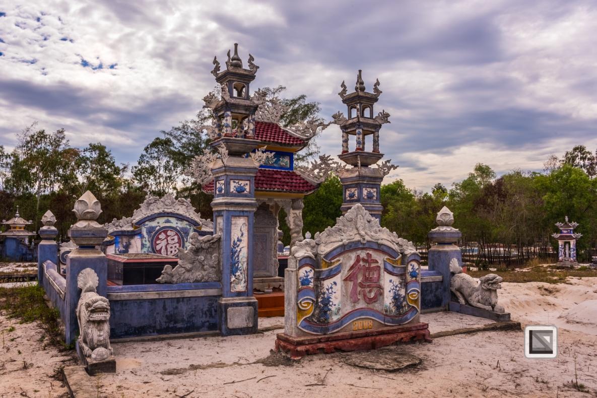 Cementry-Hue_Area-Vietnam-19