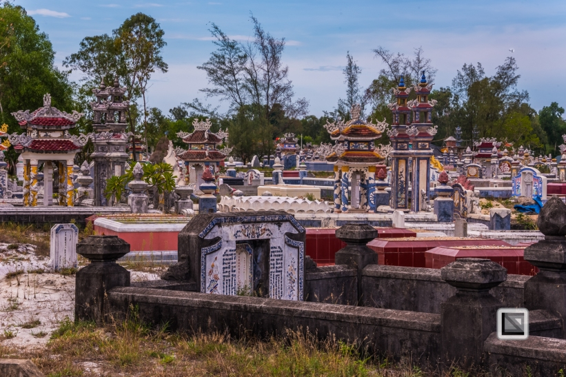 Cementry-Hue_Area-Vietnam-26