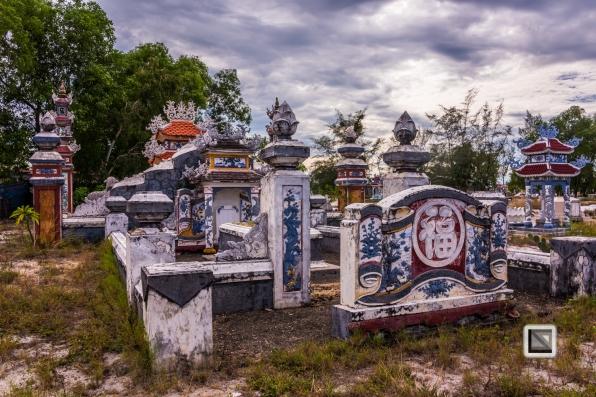 Cementry-Hue_Area-Vietnam-30-2