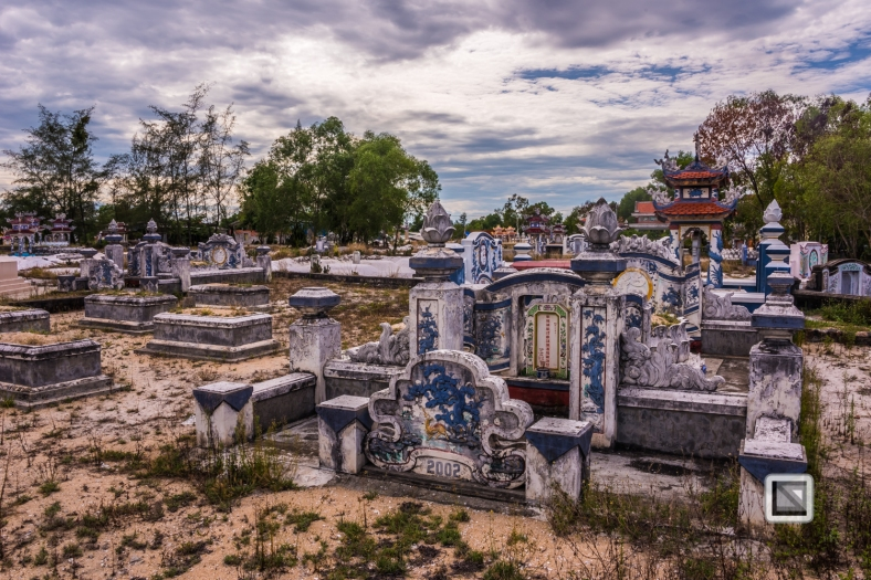 Cementry-Hue_Area-Vietnam-34-2