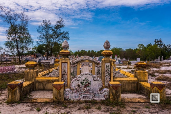 Cementry-Hue_Area-Vietnam-41-2