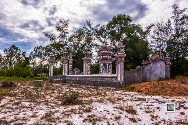 Cementry-Hue_Area-Vietnam-54