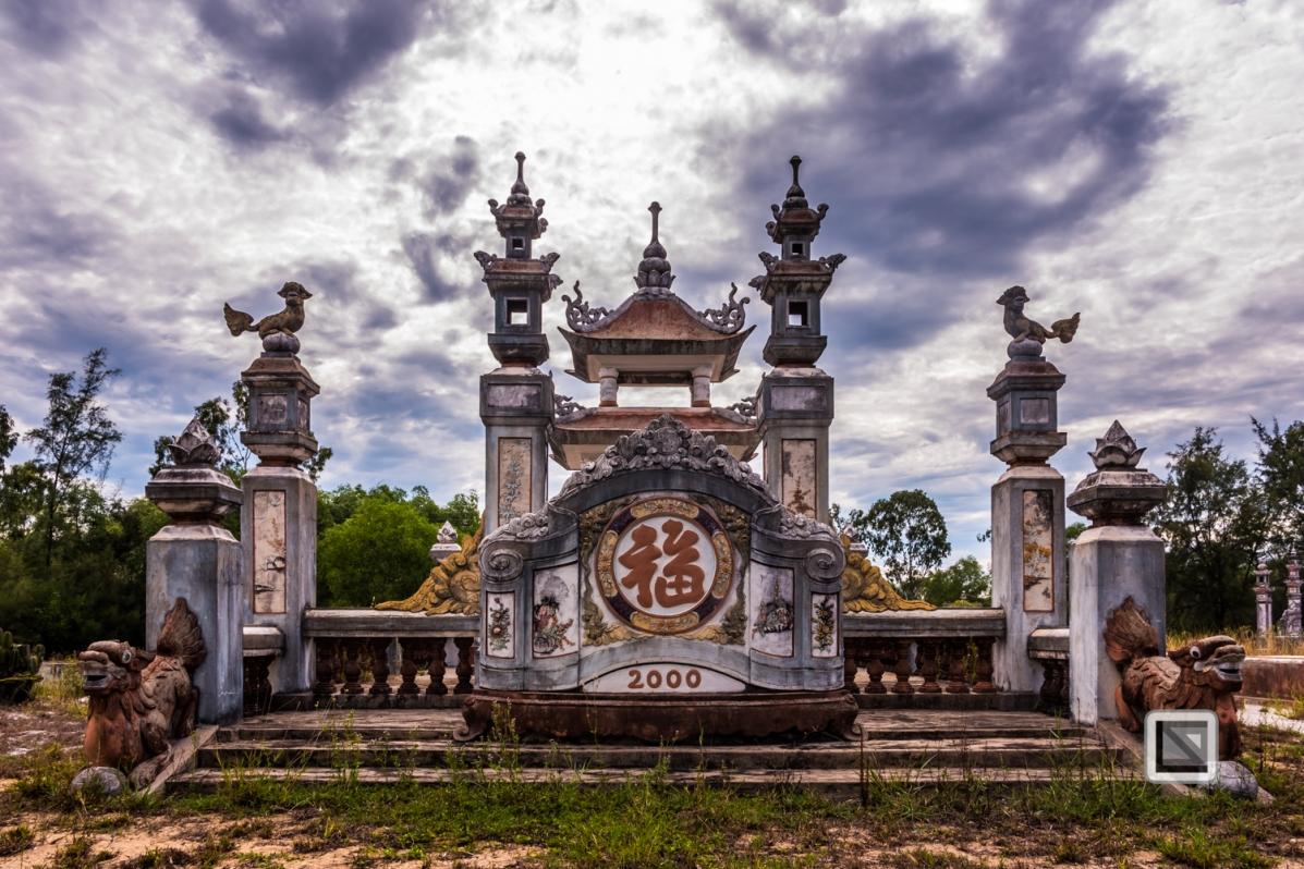 Cementry-Hue_Area-Vietnam-55-2