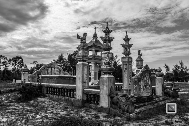 Cementry-Hue_Area-Vietnam-56