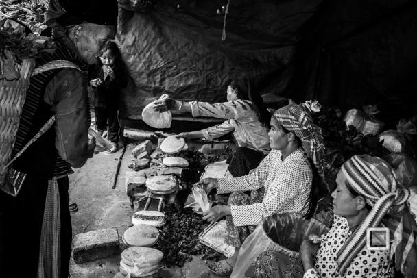 vietnam-ha_giang-dong_van_market-33