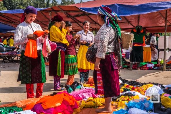 vietnam-ha_giang-lung_cu_market-9