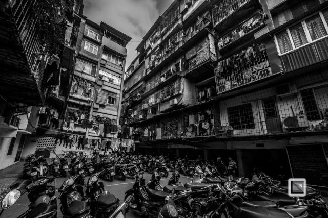 hanoi-architecture-chaos-2
