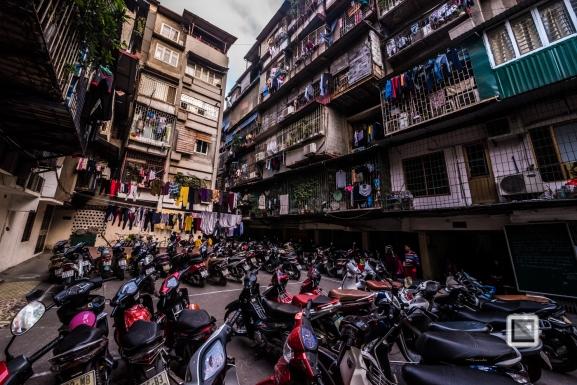 hanoi-architecture-chaos-3