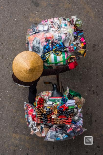 vietnam-hanoi-street_sellers-23