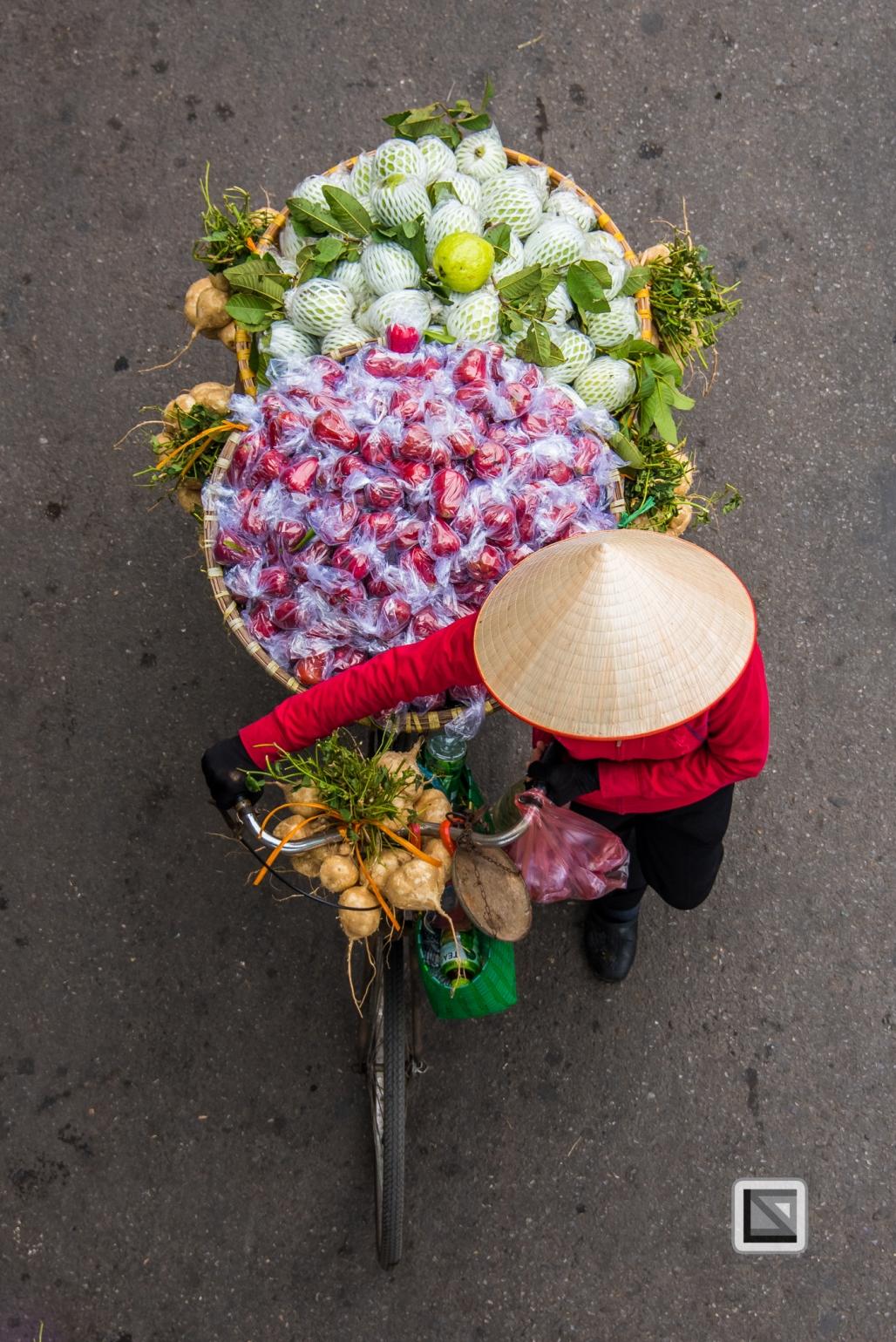 vietnam-hanoi-street_sellers-26