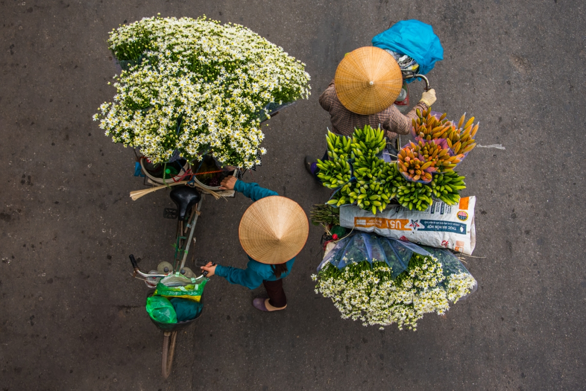 Hanoi's most popular icons - The Street Vendors