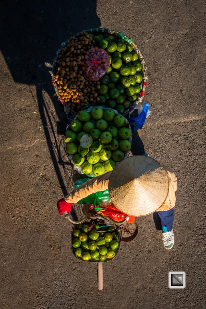 vietnam-hanoi-street_sellers-43