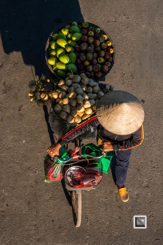 vietnam-hanoi-street_sellers-46