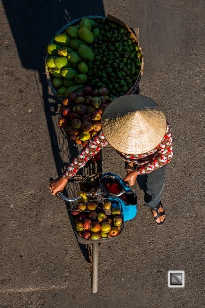 vietnam-hanoi-street_sellers-49