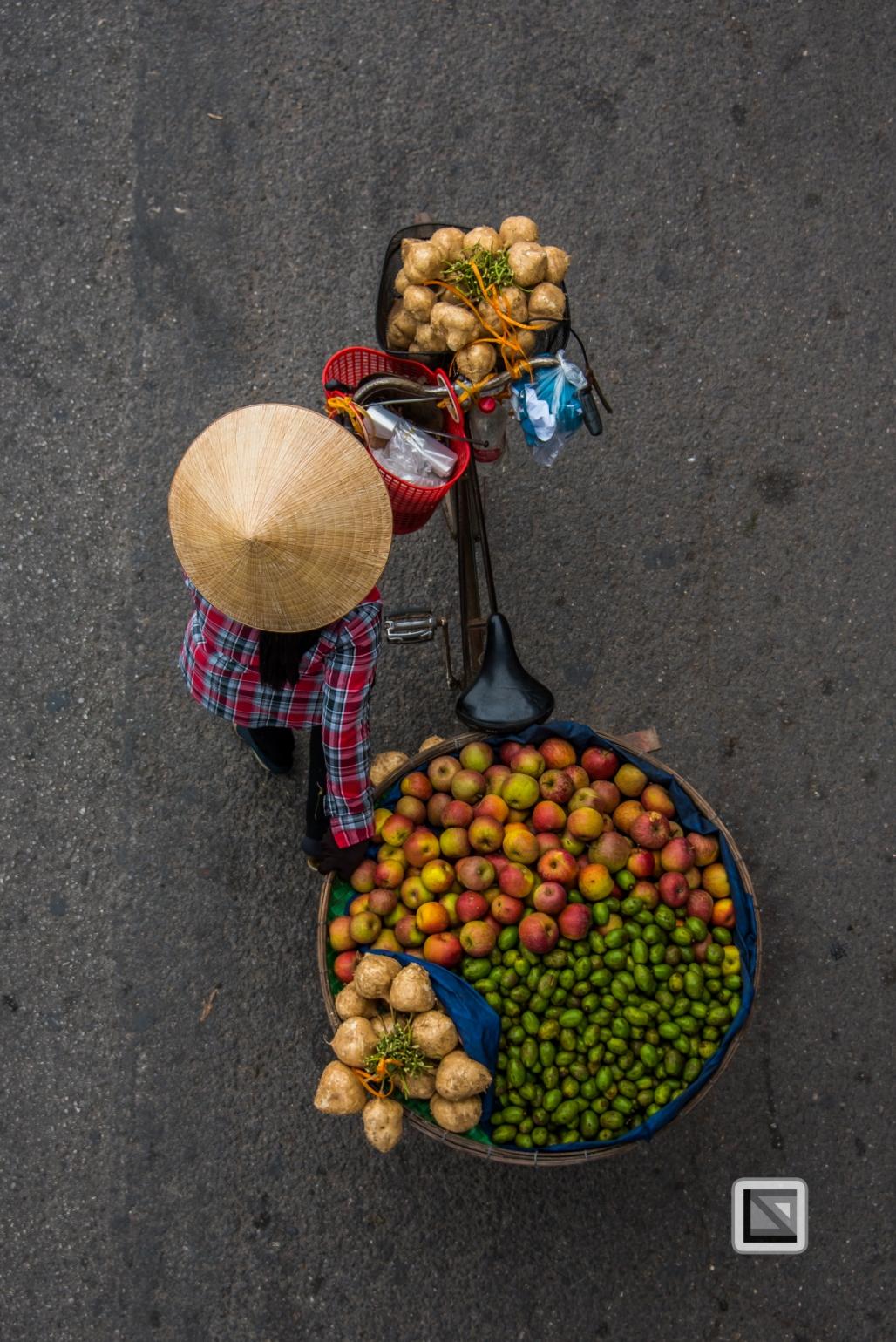 vietnam-hanoi-street_sellers-5