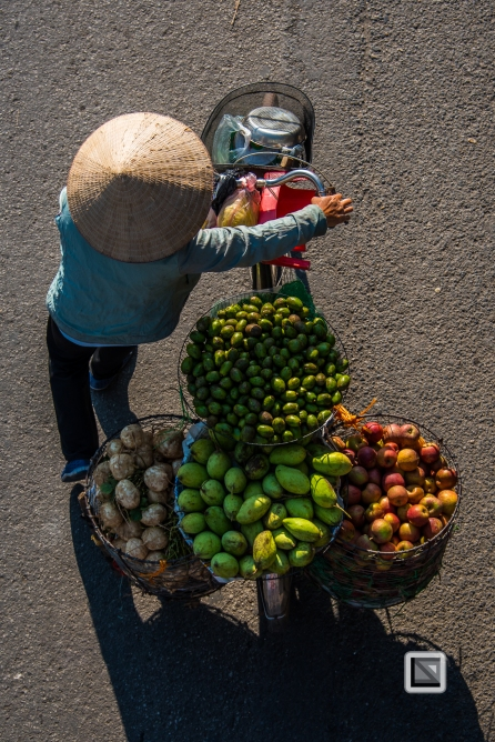 vietnam-hanoi-street_sellers-52