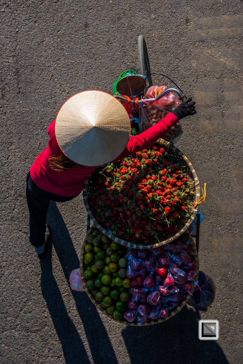 vietnam-hanoi-street_sellers-59