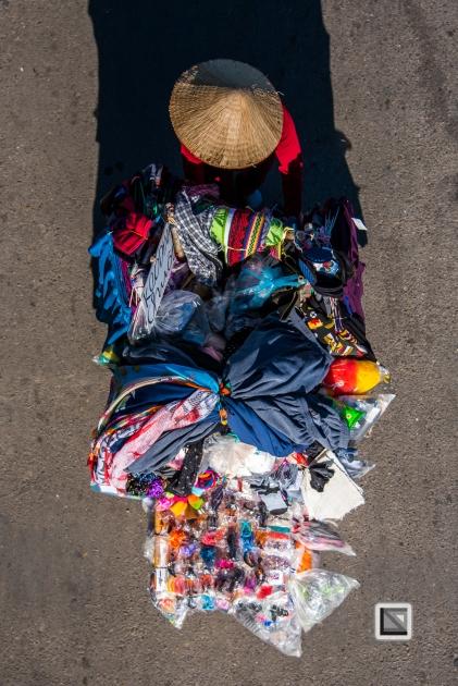 vietnam-hanoi-street_sellers-69