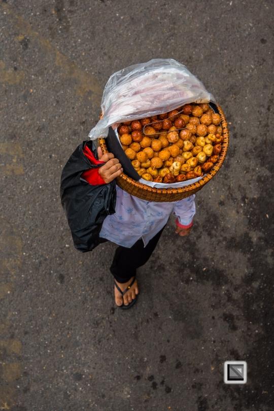 vietnam-hanoi-street_sellers-7