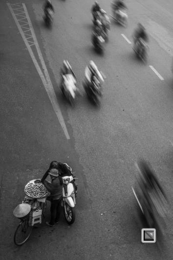 vietnam-hanoi-streetsellers-set2-120