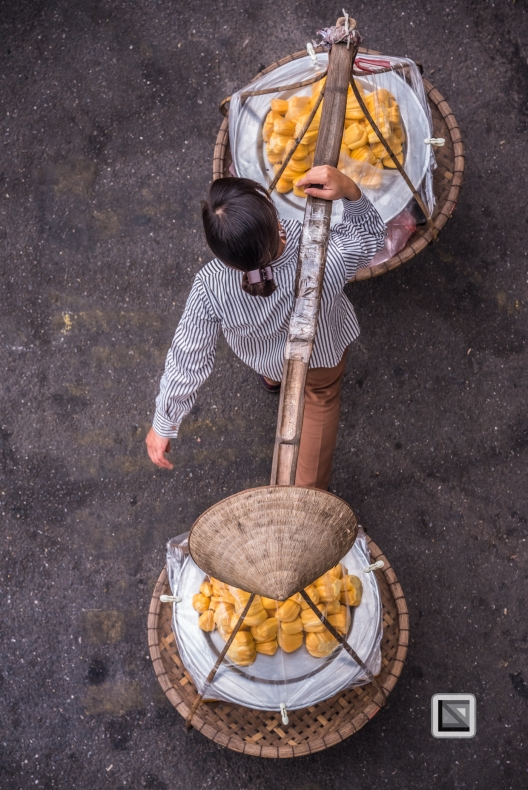 vietnam-hanoi-streetsellers-set2-59