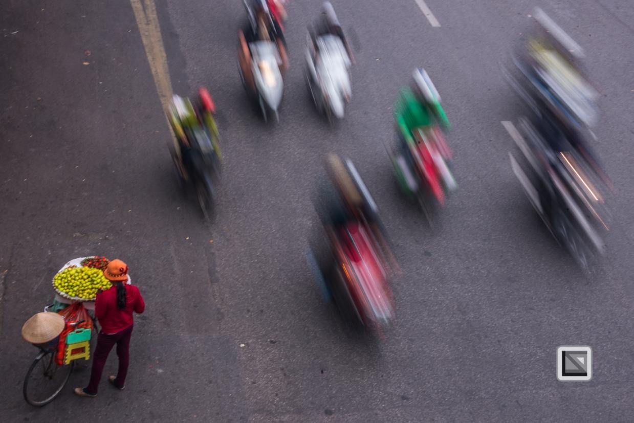 vietnam-hanoi-streetsellers-set2-85