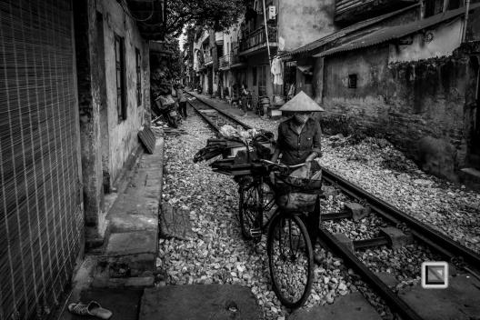 vietnam-hanoi-train_tracks-29-2