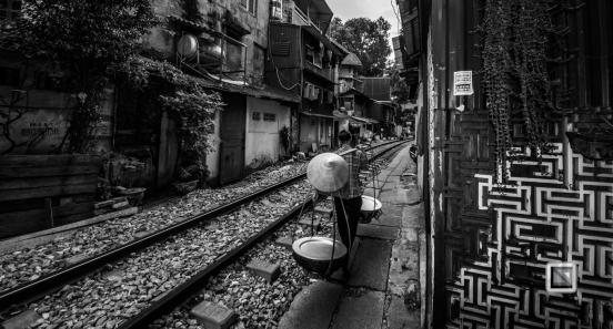 vietnam-hanoi-train_tracks-46-2