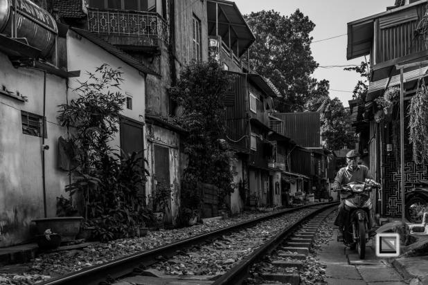 vietnam-hanoi-train_tracks-51-2