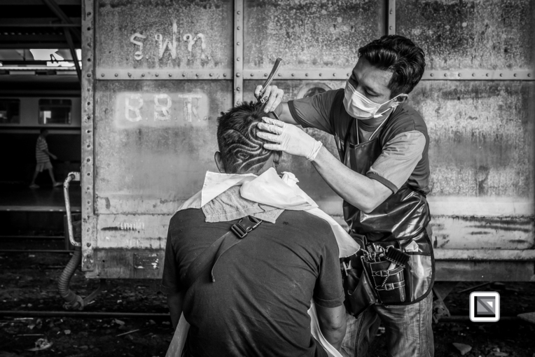 Bangkok_Barbers_Trainstation-59-2