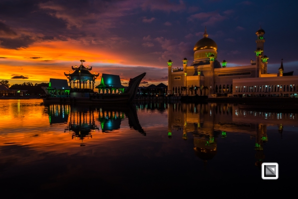 Brunei-Sultan_Omar_Ali_Saifuddin-Mosque-57
