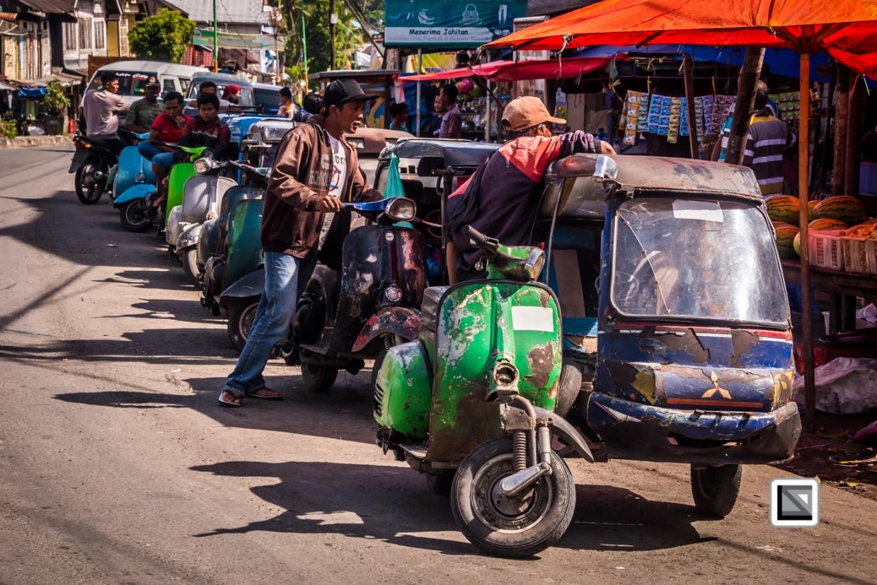 Indonesia-Sumatra-Nopan-VespaParadise-0710