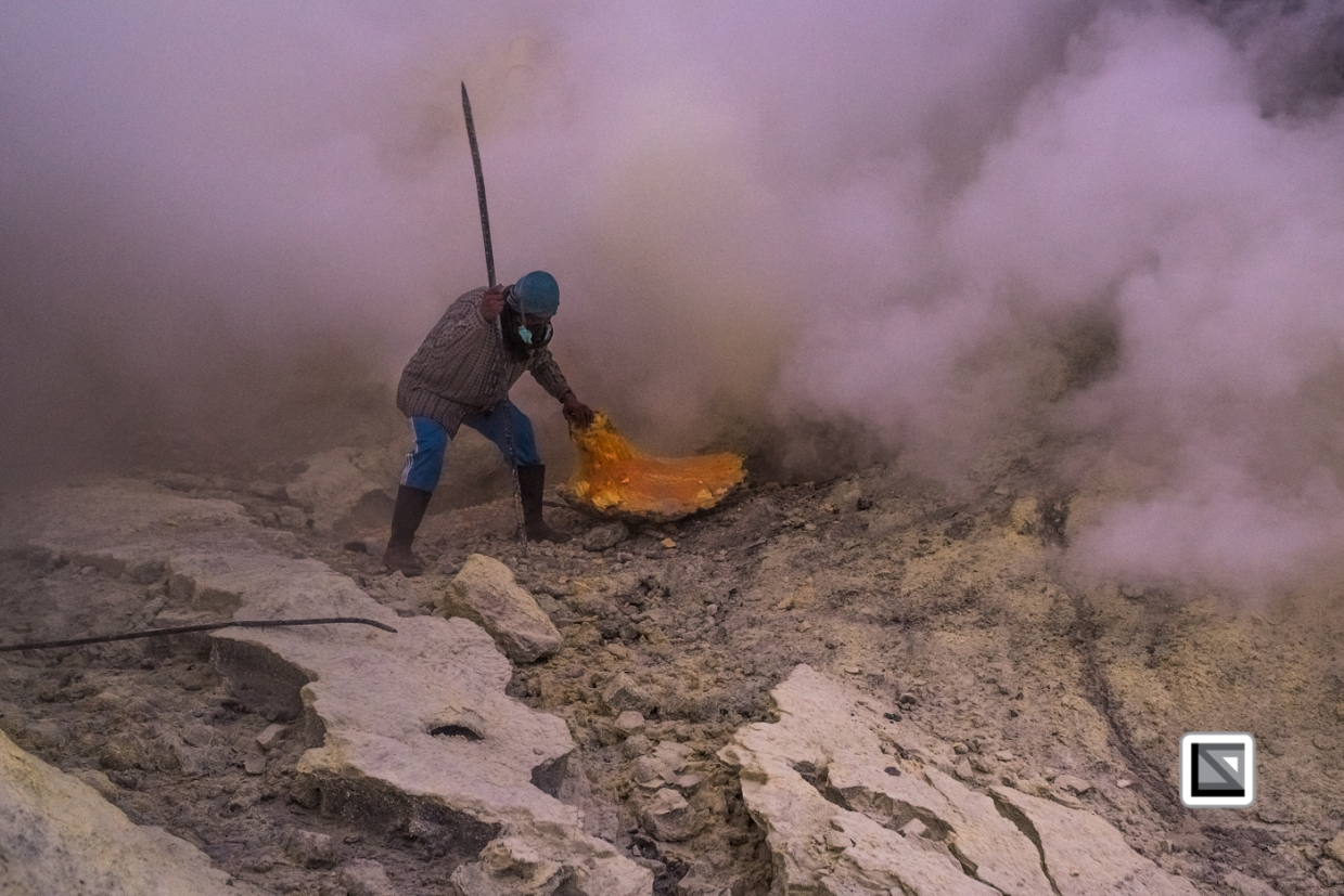 Indonesia-Java-Ijen_Volcano-112