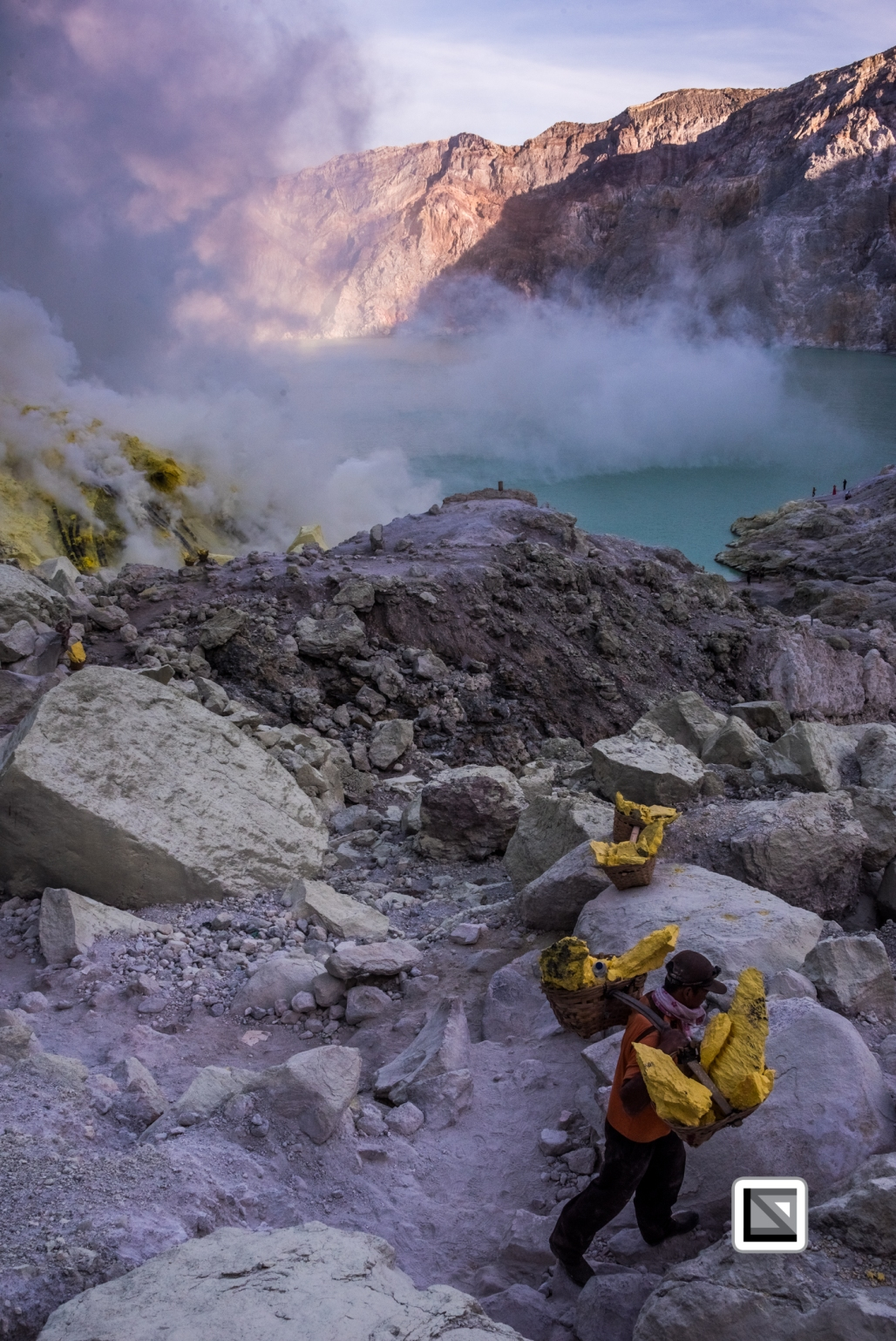 Indonesia-Java-Ijen_Volcano-181