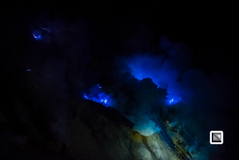 Indonesia-Java-Ijen_Volcano_Blue_Fire-14
