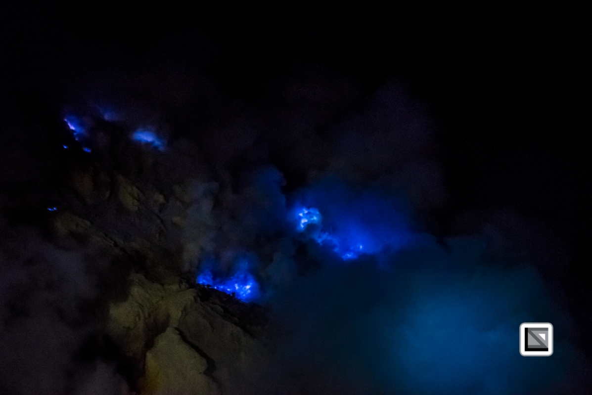 Indonesia-Java-Ijen_Volcano_Blue_Fire-16