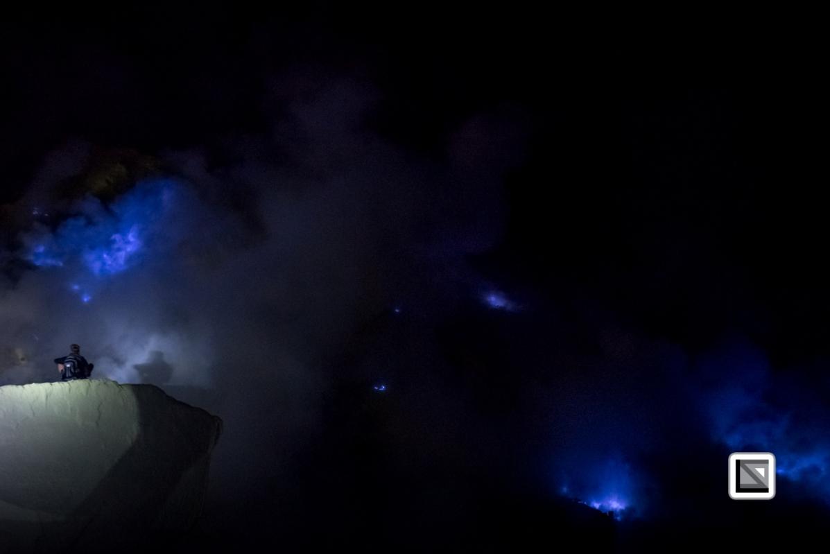 Indonesia-Java-Ijen_Volcano_Blue_Fire-18