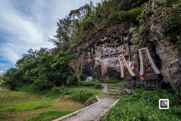 Indonesia-Toraja-Lemo_Grave-20