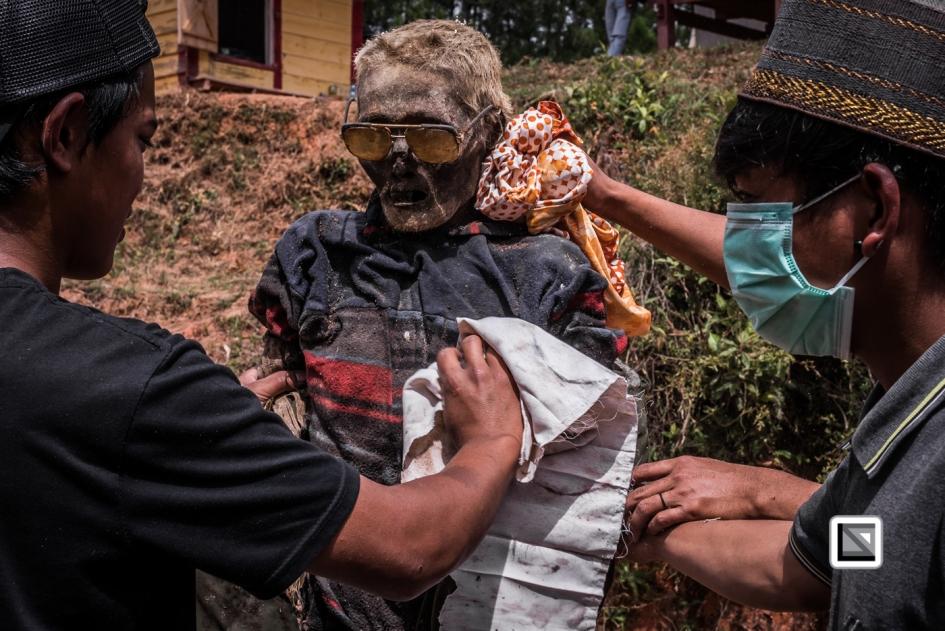 Indonesia-Toraja-Panggala-Balle_Manene-159