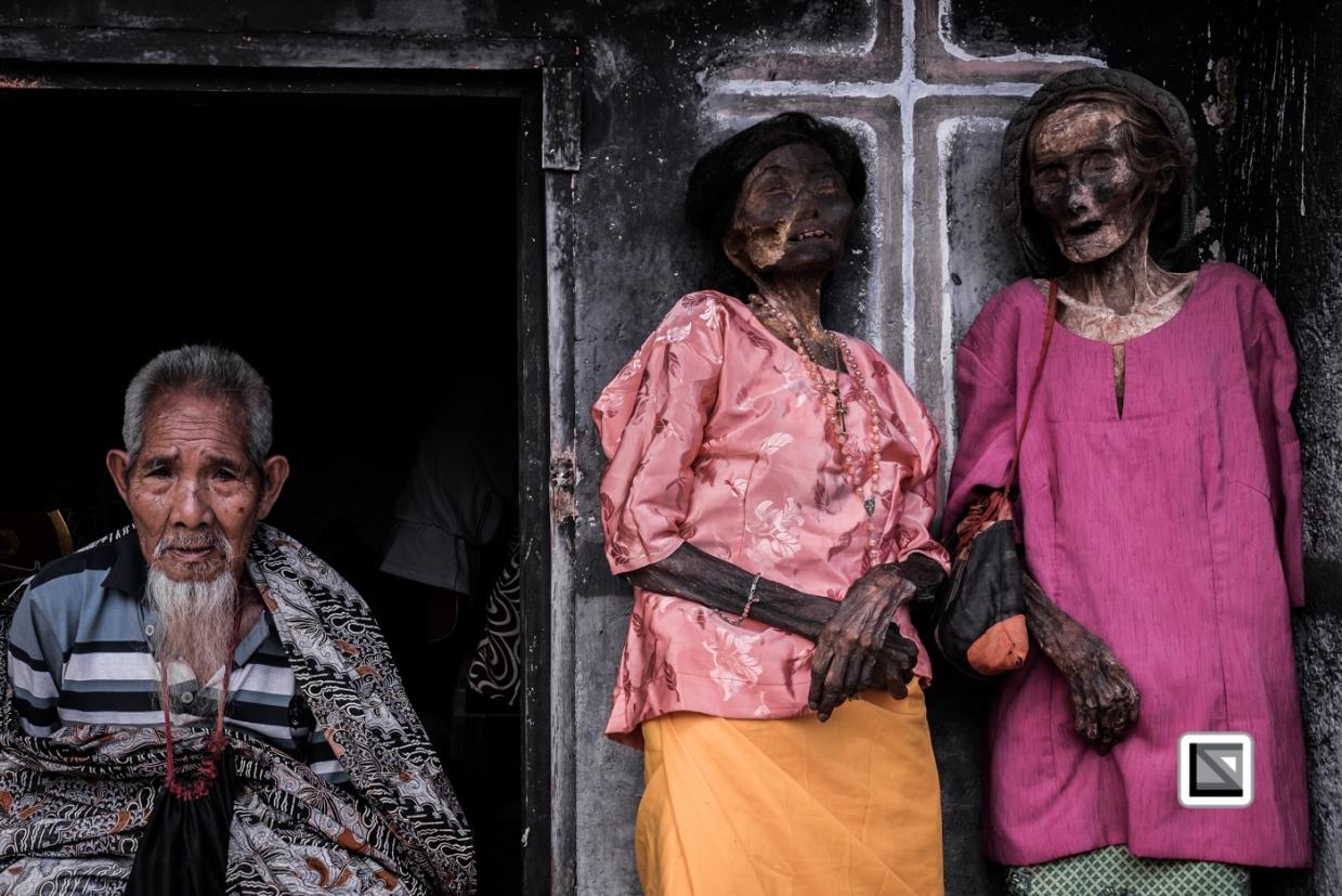 Indonesia-Toraja-Panggala-Balle_Manene-Maria_Rantebua_2015_70years_and_sister_Ludia Rantebua_201_70years_and_Ne_Duma_Tata_husband_of_Ludia-2