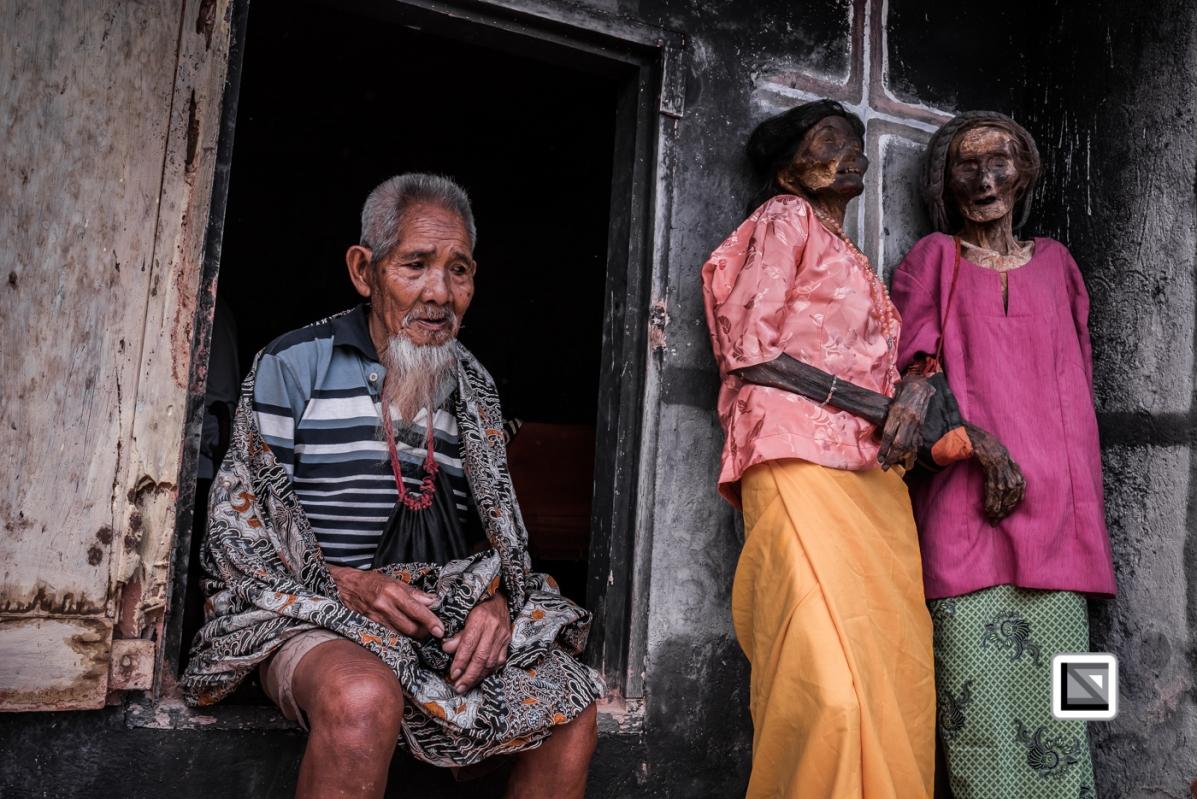 Indonesia-Toraja-Panggala-Balle_Manene-Maria_Rantebua_2015_70years_and_sister_Ludia Rantebua_201_70years_and_Ne_Duma_Tata_husband_of_Ludia-5
