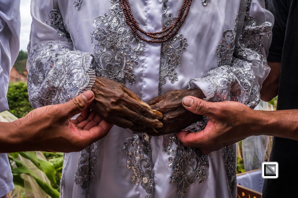 Indonesia-Toraja-Panggala_Manene-Martha_Rantelimbong_and_Ne_Pua-16