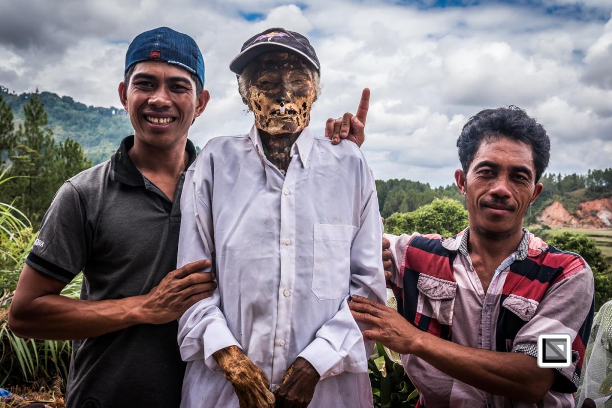 Indonesia-Toraja-Panggala_Manene-Ne_Pua_and_grandson_Sang_Rappu-1