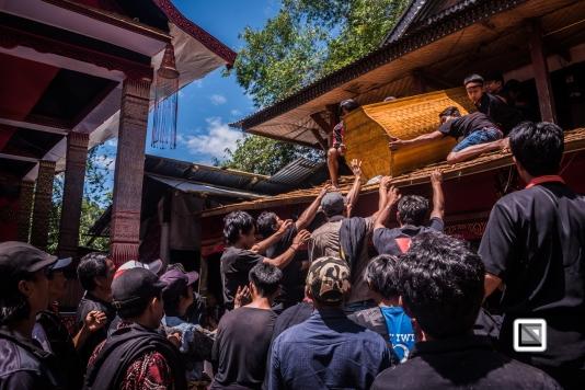 Indonesia-Toraja-Rambu_Solo-Loko_Uru-Philippus_Possali_and_Albertina_Allo-60