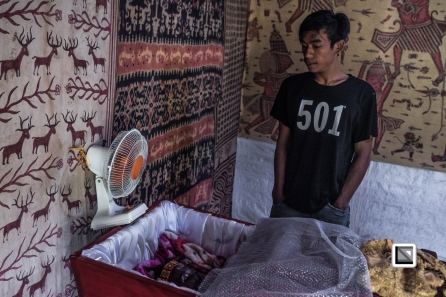 Indonesia-Toraja-TomaKula-Ribka_Tanduk_Langi_53_died_july_2017_and_son_Yari-9