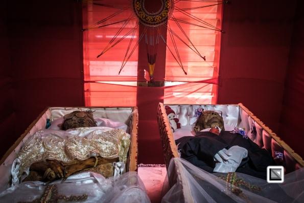 Indonesia-Toraja-Yohanis_and_his_wife_Alfrida-3