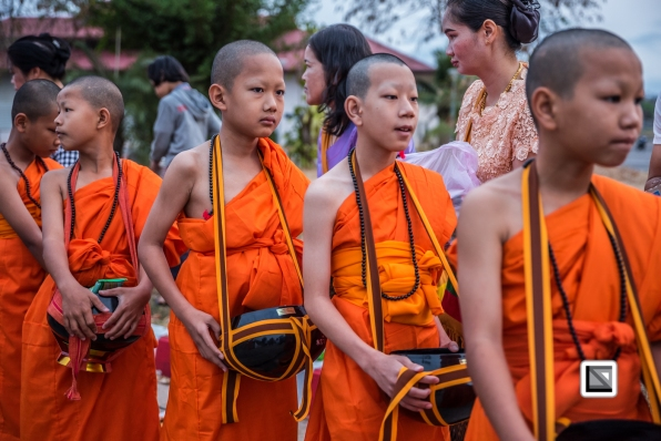Poy_Sang_Long-Thailand-Alms-27