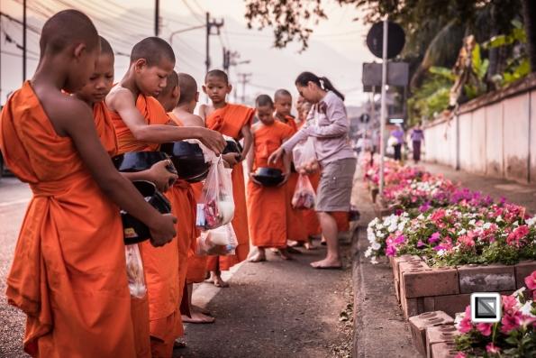 Poy_Sang_Long-Thailand-Alms-37