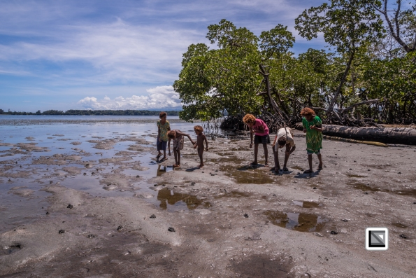 PNG-East_New_Britain-Tabu-Shell_Money-280