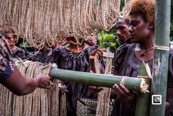 PNG-East_New_Britain-Tabu-Shell_Money-835-2